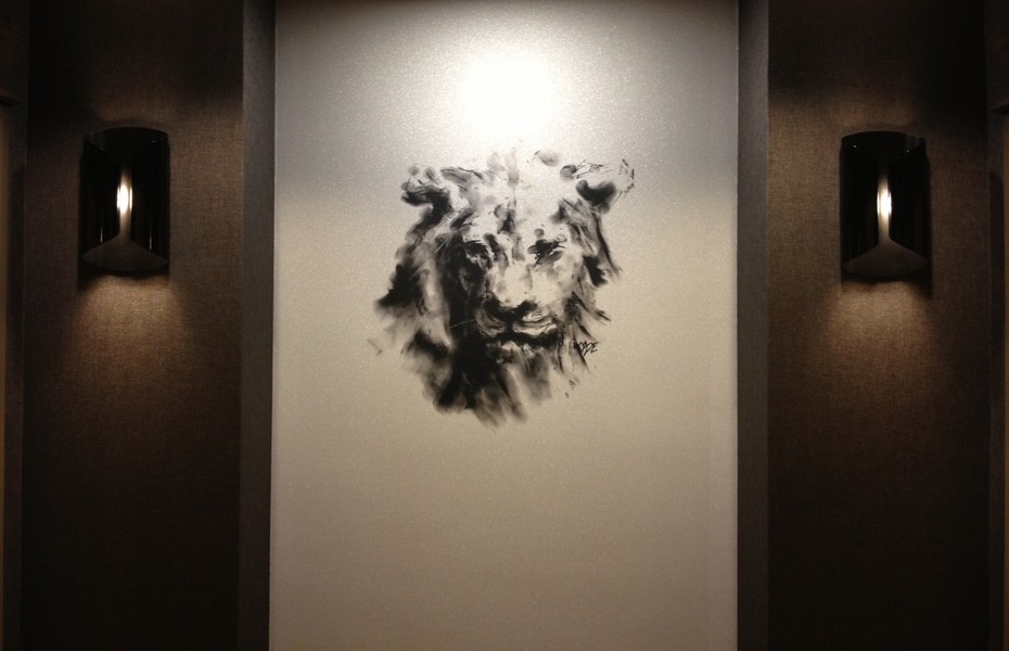 """""""Lion"""" artwork in all 23 elevator lobbies of the InterContinental Chicago Magnificent Mile"""
